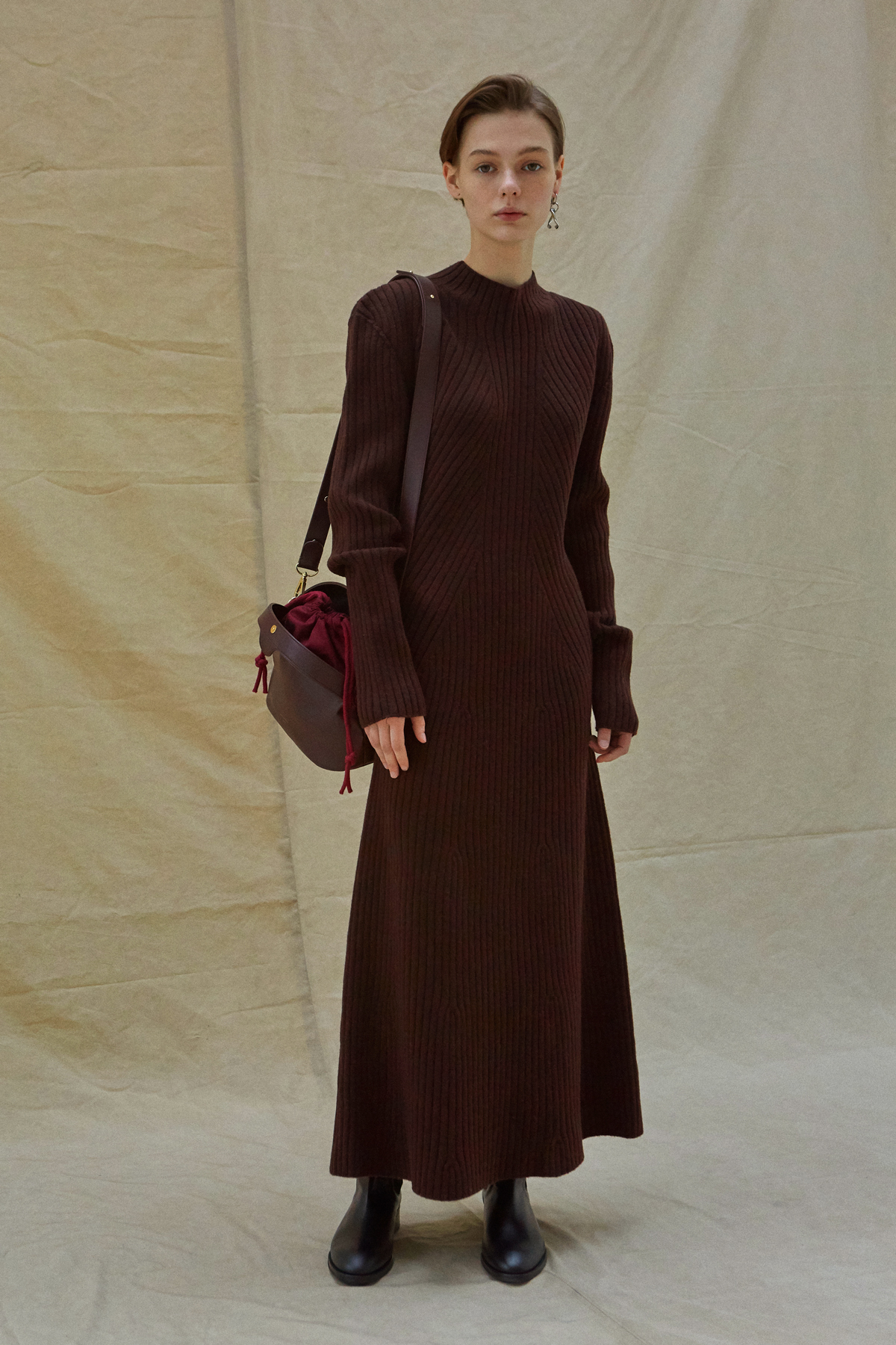 <u>SHOP</u><br>19FW Whole garment knit long dress - Burgundy