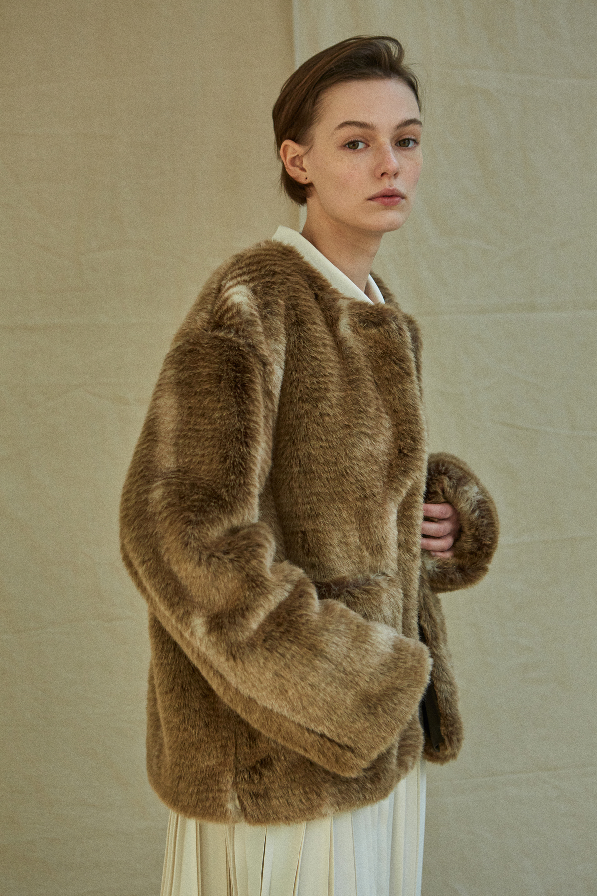 SHOP | 19FW Fur coat - Brown