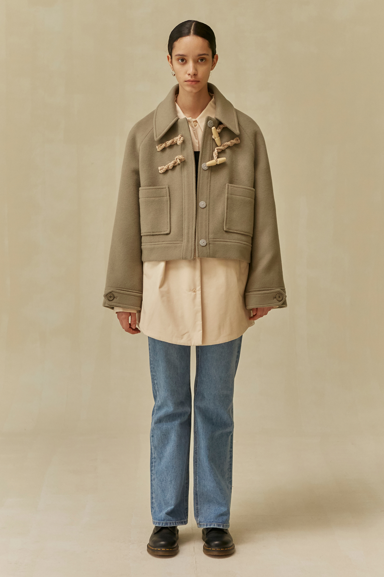 <u>SHOP</u><br>19 WINTER LOCLE Duffle Jacket - khaki