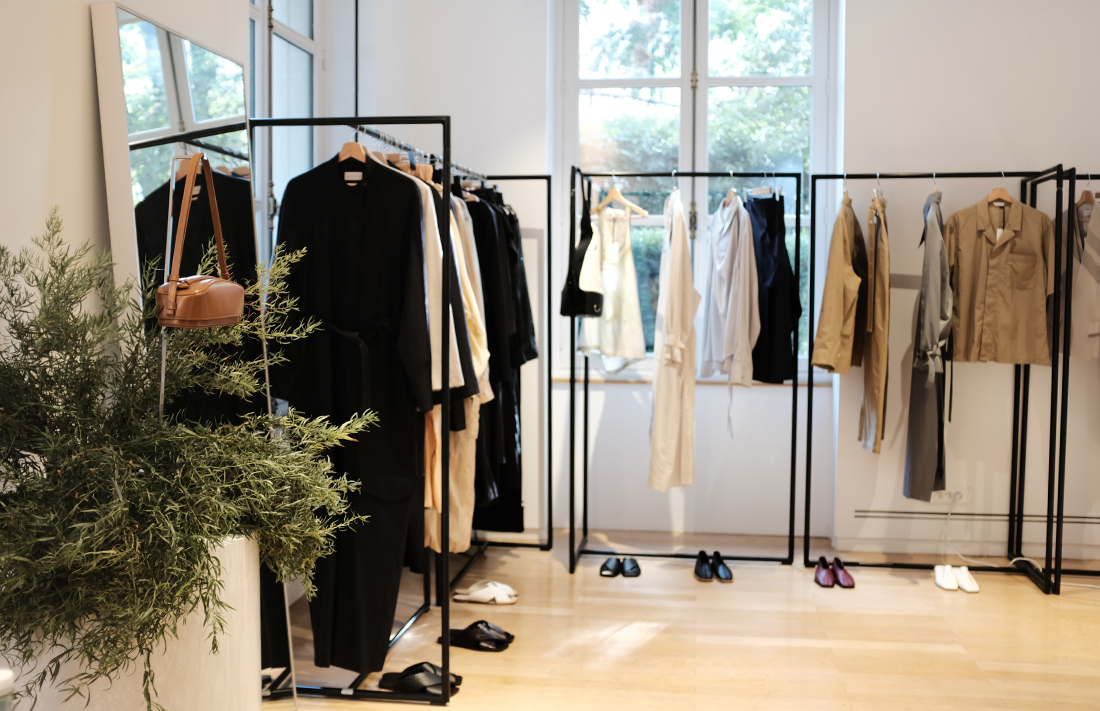 <u>247 SHOWROOM</u><br>LOW CLASSIC 2020 S/S Paris Showroom